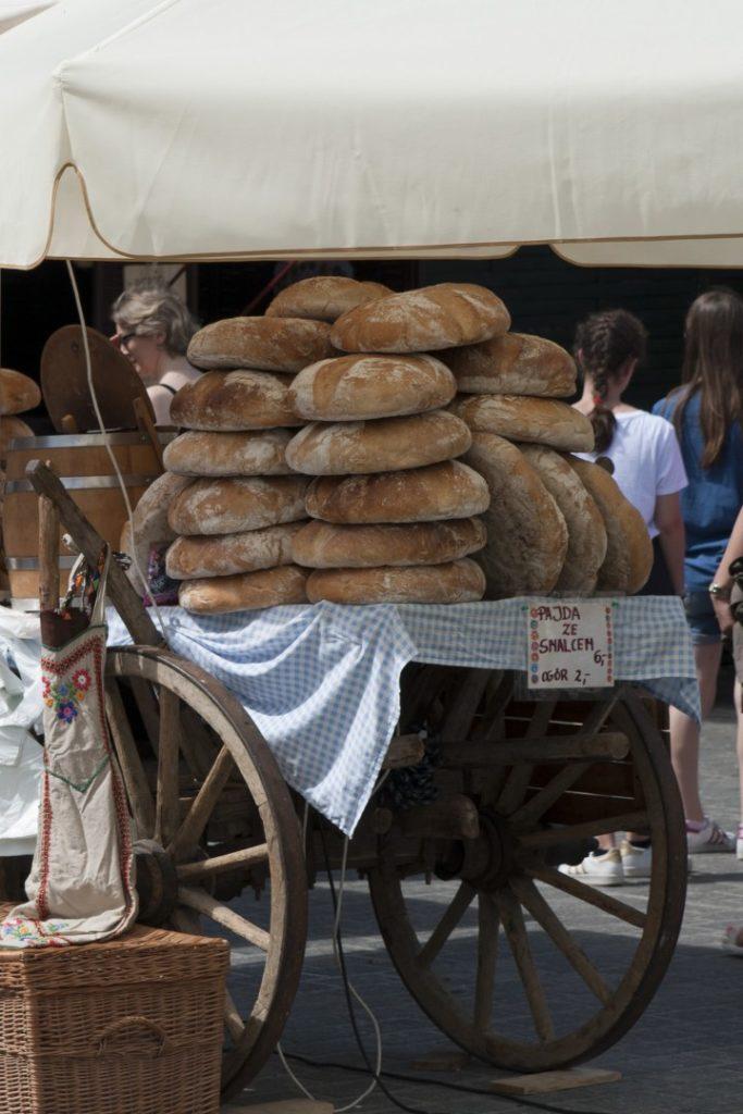 Prawdziwy chleb, tylko z Krakowa.